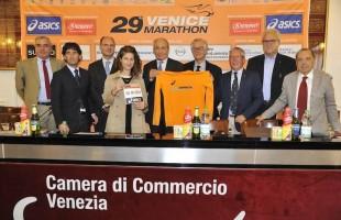 La 29a  Venicemarathon fa correre 23.000 podisti