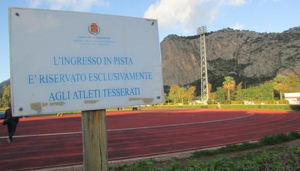 Stadio delle Palme: vietato l'uso della pista esterna e delle aree adiacenti. Impianto a rischio chiusura