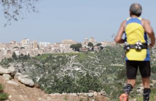 Alla scoperta del Pino d'Aleppo con l'Ecotrail della Val d'Ippari