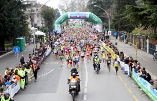 Stefano La Rosa vince e convince alla Treviso Marathon