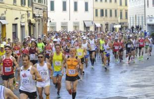 Matteo Lucchese e Simona Staicu in trionfo alla Pistoia-Abetone