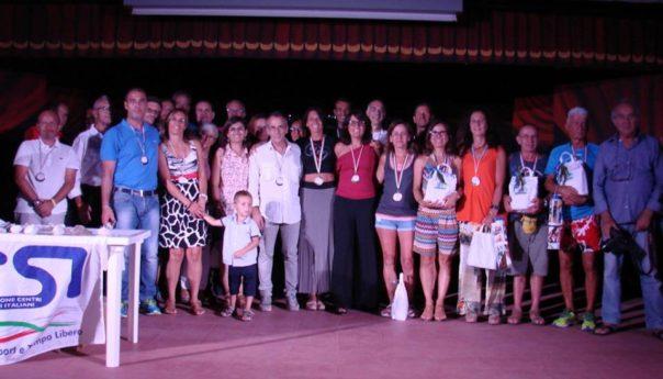 Il Giro Podistico a tappe Isola di Ustica incorona Agostino Mazzurco e Patrizia Picardi