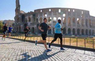 Il signor Facebook fa jogging al Colosseo