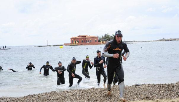 Sicily Triathlon Series: l'augustano Ennio Salerno e la catanese Cristina Ventura vincono a Marzameni