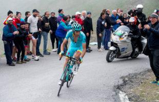 Il Giro d'Italia ricorda Michele Scarponi