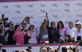 Roma: in 65000 in centro per la Race for The Cure