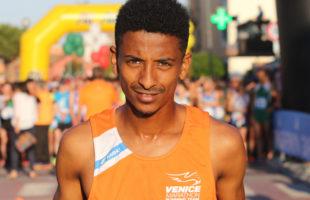 Trionfo di Eyob Faniel alla Rome Half Marathon
